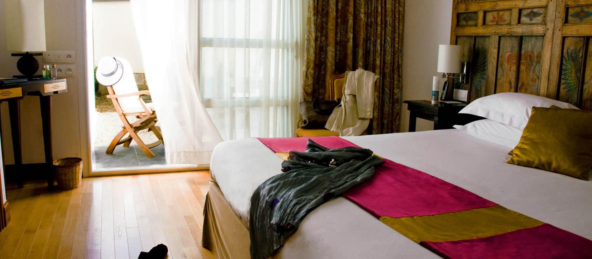 chambre Prestige 25m2 jardin privatif © Hotel Villa Kerasy Hotel Spa -Vannes