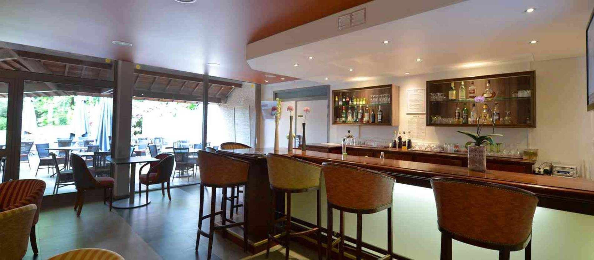 hotel-bestwesternleloch-auray-Morbihan Bretagne Sud-bar © hotel-bestwesternleloch-auray