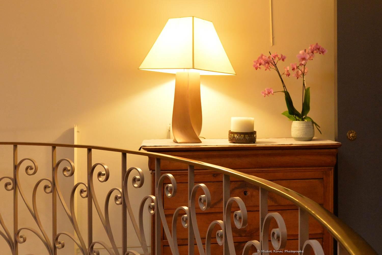 56-hotel-logis-letylann-saintave-escalier ©