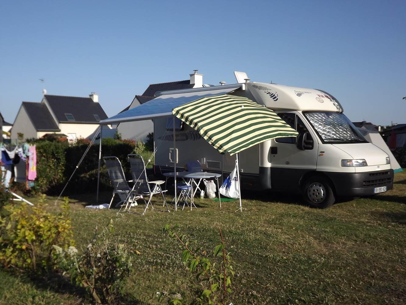 15 emplacements pour camping-car ©