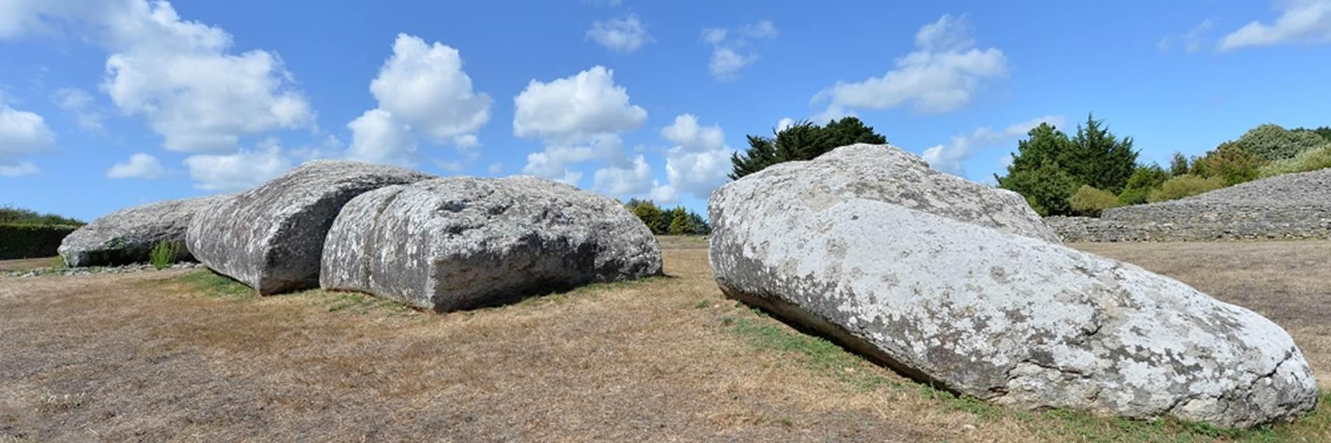 Site-des-megalithes-de-Locmariaquer-Morbihan-Bretagne-Sud ©