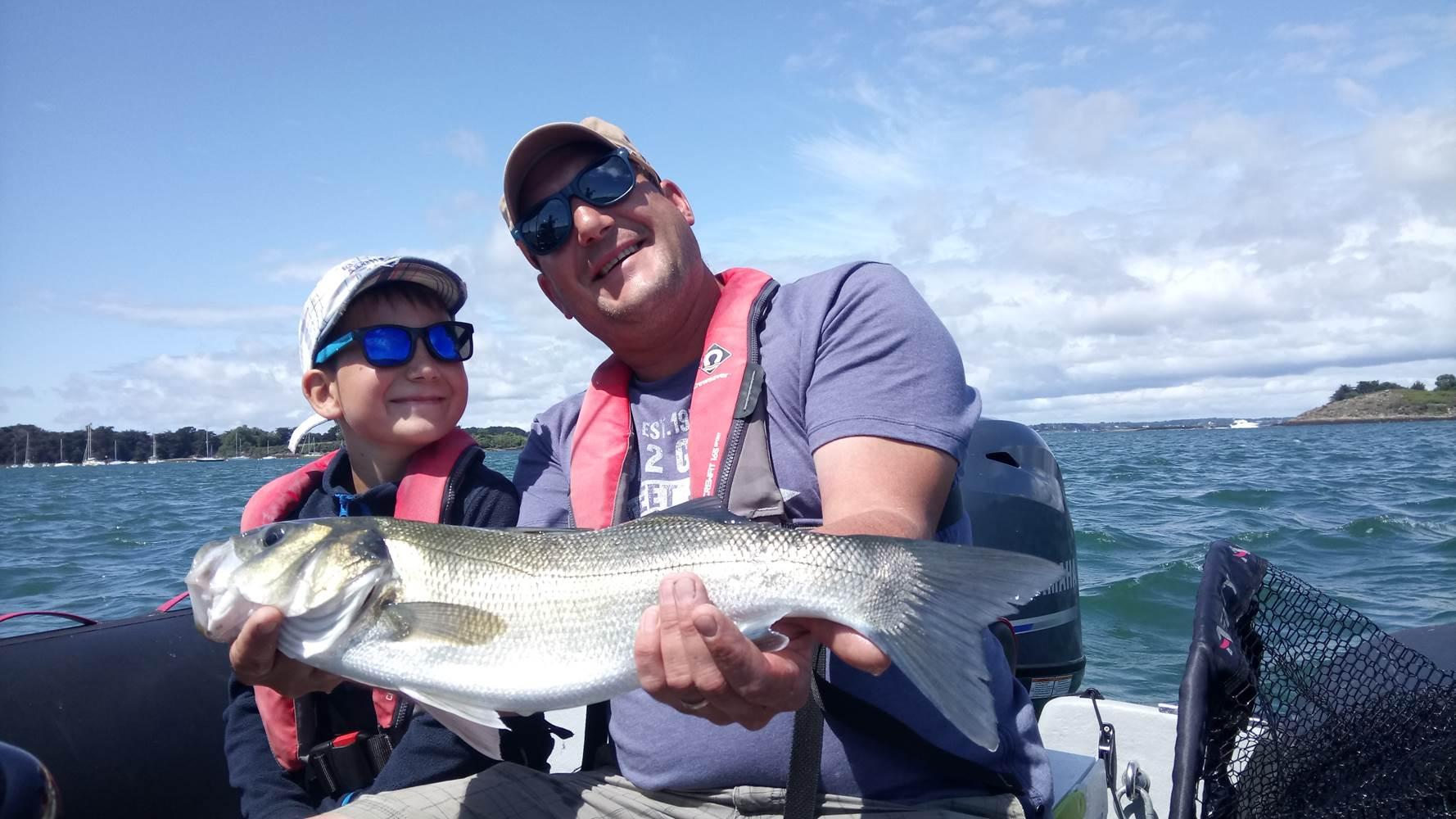 Sortie pêche en famille en bateau guidée par Mickaël RIO dans le Golfe du Morbihan ! ©
