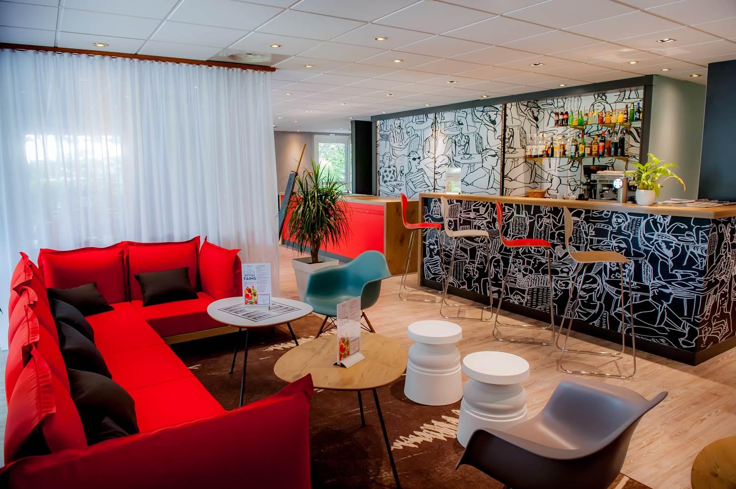 hôtel ibis vannes salon & bar ©