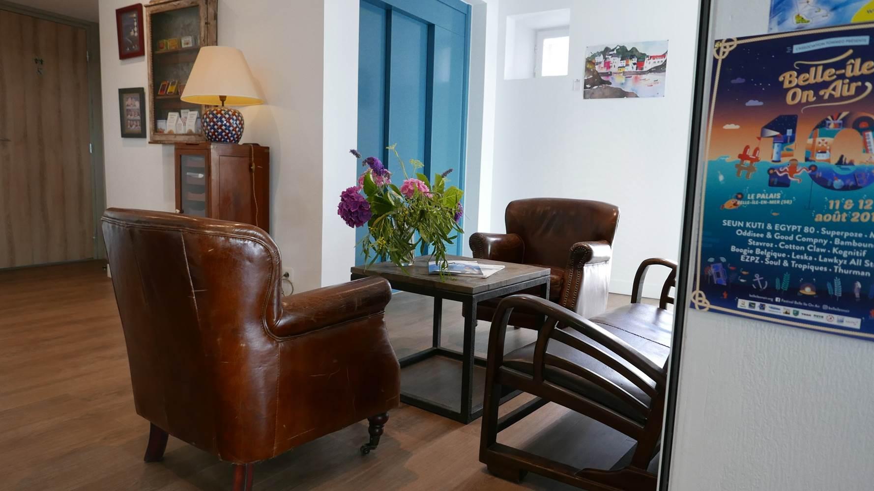 hotel-de-bretagne-salon-accueil ©