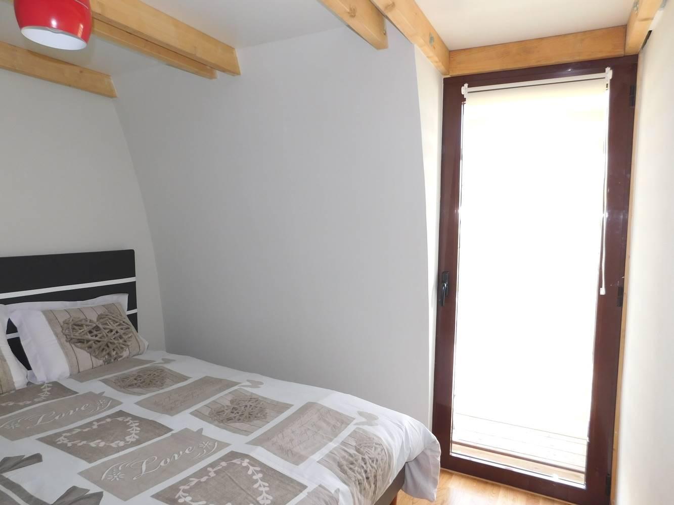TY FOUKENN - Chambre literie neuve excellence francaise- location-morbihan-sud.com 0602362422 ©