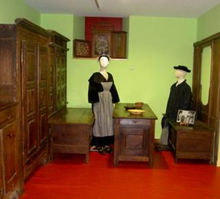 Maison du Costume