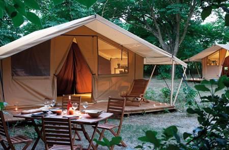 Rives Nature - Cottages et camping