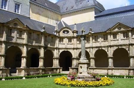 Cloître de Sainte-Anne-d'Auray